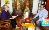 Báo Long An thăm Mẹ Việt Nam Anh hùng Lê Thị Hạnh