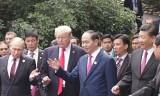Những hình ảnh bên lề Hội nghị các Nhà lãnh đạo kinh tế APEC