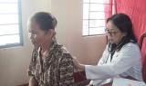 Đức Hòa: Gần 1.000 người được khám, cấp thuốc miễn phí