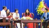 Họp mặt kỷ niệm 35 năm Ngày Nhà giáo Việt Nam