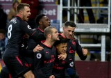 Hạ Burnley ở phút bù giờ, Arsenal vào tốp 4