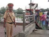 Bảo đảm an toàn tại các bến đò trong thời gian cấm cầu Tân An 1
