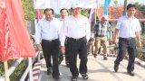 Nguyên Chủ tịch nước Trương Tấn Sang dự khánh thành 13 cầu giao thông nông thôn ở Đức Hòa