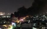 Cháy lớn trong đêm ở quận Tân Phú TP.HCM