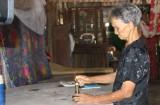 Thủ Thừa: Hơn 10 hộ dân mong mỏi có điện sinh hoạt