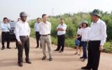 Cần Giuộc: Bí thư Huyện ủy kiểm tra tiến độ thực hiện các công trình xây dựng cơ bản