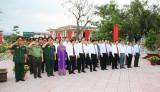Viếng Nghĩa trang liệt sĩ tỉnh nhân kỷ niệm 88 năm Ngày thành lập Đảng Cộng sản Việt Nam