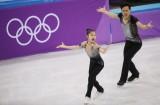 Khán giả Hàn Quốc cổ vũ nhiệt tình cặp vận động viên Triều Tiên