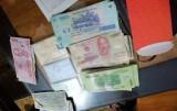 Thủ tướng khen 3 học sinh trả lại hơn 40 triệu đồng cho người bị mất