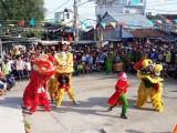 Hội thi múa lân mở đầu Lễ hội Làm Chay