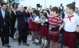 Tổng Bí thư thăm, tặng quà Trường tiểu học Võ Thị Thắng ở La Habana