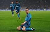Ronaldo rực sáng, R.M đặt một chân vào bán kết