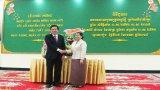 Lãnh đạo tỉnh Long An chúc Tết cổ truyền dân tộc Khmer tại tỉnh Svay Rieng