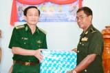 Thăm, chúc tết lực lượng vũ trang tỉnh Prey Veng và Svay Rieng