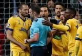 Cảnh sát điều tra vụ đe dọa trọng tài thổi phạt đền trận R.M - Juve