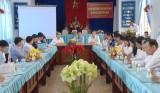 HĐND huyện Tân Lạc trao đổi kinh nghiệm với HĐND huyện Cần Giuộc