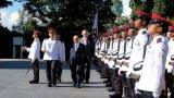Lễ đón trọng thể Thủ tướng Nguyễn Xuân Phúc thăm chính thức Singapore