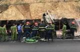 Xe tải tông nhau bốc cháy, 3 người chết trong cabin
