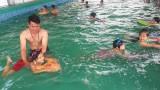 Bến Lức: Đưa môn bơi vào chương trình học