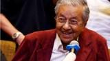 Động thái đầu tiên của tân Thủ tướng Malaysia Mahathir Mohamad
