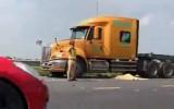 Bắc Ninh: Container đấu đầu xe máy làm 2 người tử vong tại chỗ