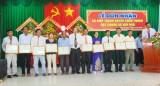 Hiệp Thạnh đón nhận danh hiệu xã đạt chuẩn văn hóa