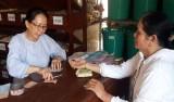 Hội Đông y huyện Bến Lức khám bệnh và phát thuốc miễn phí cho người nghèo