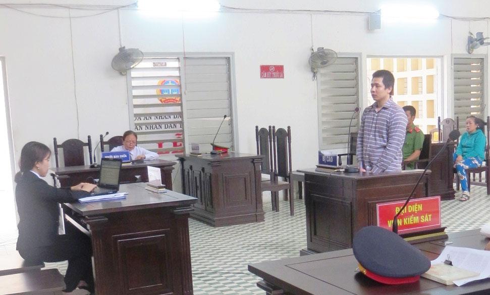 Bị cáo Võ Minh Hòa tại phiên tòa xét xử