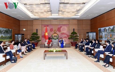 Chủ tịch Quốc hội tiếp Phó Chủ tịch Ngân hàng Thế giới phụ trách khu vực Đông Á- Thái Bình Dương