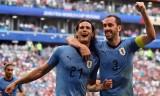 Uruguay vùi dập Nga, Saudi Arabia lội ngược dòng thắng Ai Cập