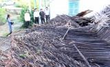 Cần Đước: 8 căn nhà bị sập do lốc xoáy