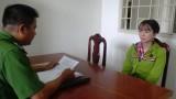 Đồng Tháp: Xử phạt người phụ nữ dùng công cụ hỗ trợ đòi nợ kiểu giang hồ