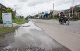 Bức xúc trên những đoạn đường ngập nước