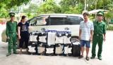 Đồn Biên phòng Cửa khẩu Mỹ Quý Tây bắt đối tượng vận chuyển 7.500 gói thuốc lá lậu