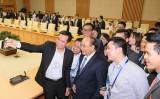 Thủ tướng gặp mặt hơn 100 người Việt tài năng ở nước ngoài