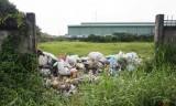 Sớm xử lý bãi rác vùng giáp ranh