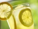 Uống nước chanh giảm cân an toàn lại hiệu quả