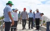 Kiến Tường: Nguyên Chủ tịch nước Trương Tấn Sang khảo sát xây dựng cầu nông thôn