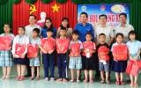 Đoàn Thanh niên tổ chức Đêm hội trăng rằm cho thiếu nhi Cần Giuộc