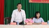 Chủ tịch UBND thị xã Kiến Tường đối thoại với người dân về môi trường và giáo dục