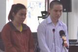 Vụ án 2 chị em chiếm đoạt 1,2 tỉ đồng từ sòng bài - Người chị được giảm án