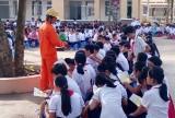 Tạo thói quen tiết kiệm điện cho học sinh
