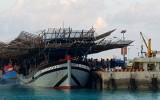 Bộ đội đảo Sinh Tồn giúp đỡ 43 ngư dân gặp nạn