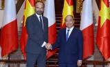 Hình ảnh lễ đón Thủ tướng Pháp thăm chính thức Việt Nam