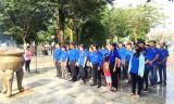Thanh niên Long An viếng Nhà lưu niệm Võ Thị Sáu