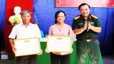 Ngày hội Đại đoàn kết tại ấp Bình Hòa, xã Bình Trinh Đông, huyện Tân Trụ