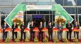 Thủ tướng thăm triển lãm 10 năm thực hiện nghị quyết 'tam nông'