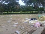 Công viên phường 3 đầy rác sau đêm 'bão' mừng tuyển Việt Nam chiến thắng