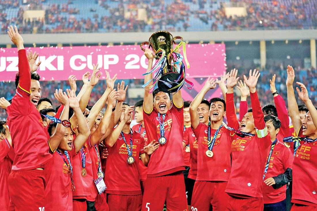 Niềm vui của các chàng trai khi tuyển Việt Nam vô địch AFF Cup 2018
