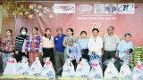 Ban Quản lý Khu công nghiệp Phúc Long tặng 300 phần quà Tết cho hộ nghèo